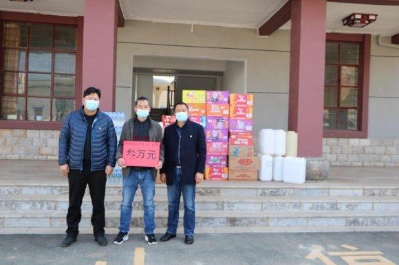 杨柳镇:政府全面抗疫情 群众踊跃献爱心