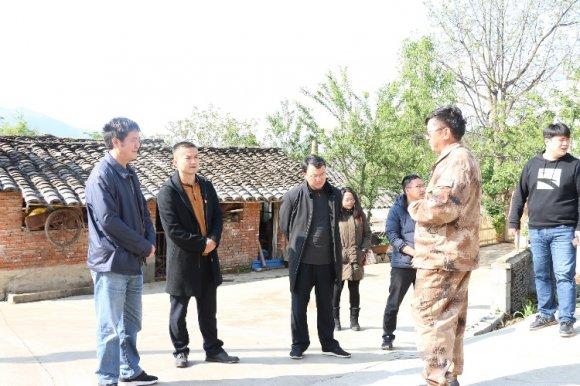 曲靖市农村人居环境整治工作领导小组到文兴乡开展