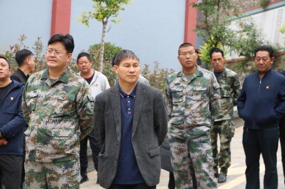 杨柳镇召开支部规范化建设现场推进