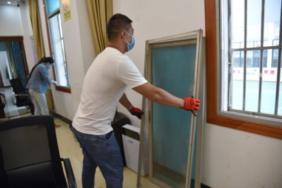 宣威市热水镇开展爱国卫生专项行动