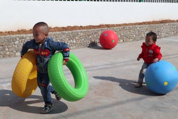 宣威市乐丰乡乐丰村幼儿园爱心人士捐资助学活动