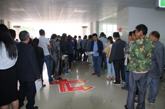 宣威市龙潭镇279名干部群众无偿献血