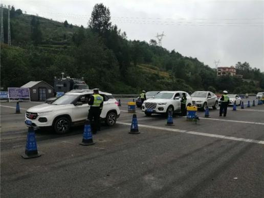宣威370余名交通违法驾驶人被查处