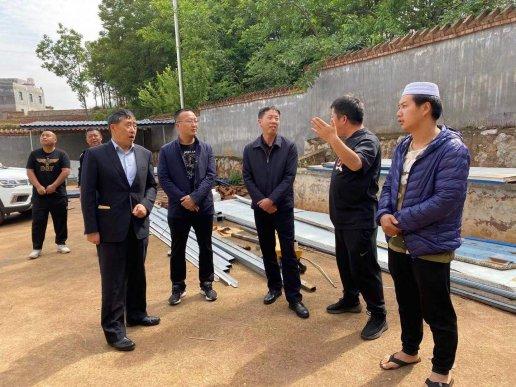 桂腾荣到宣威市羊场镇调研民族宗教工作
