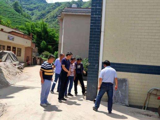 宣威市人民政府副市长邓廷昆到文兴乡开展安全生产