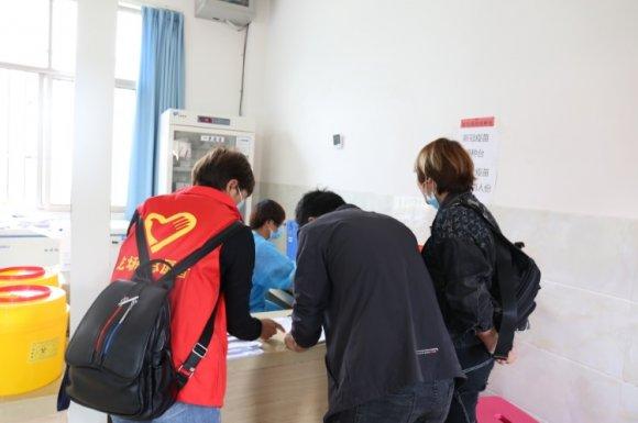 龙场镇开展疫苗接种志愿服务活动