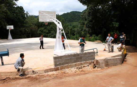 龙潭镇新建体育场地设施建设项目通过镇级验收