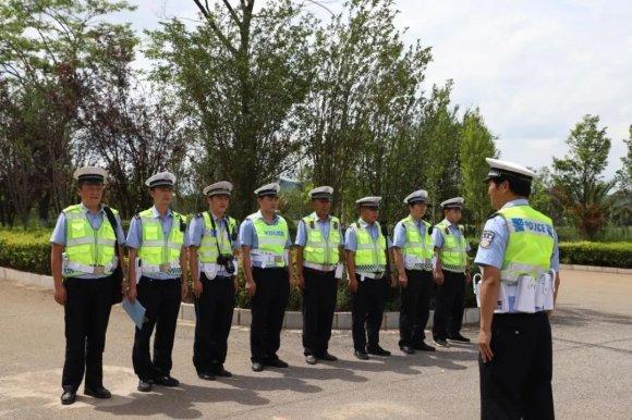 宣威市公安局交警大队联合多部门开展交通事故应急