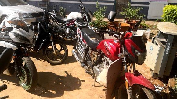 宣威公安破获系列盗窃摩托车案 缴获