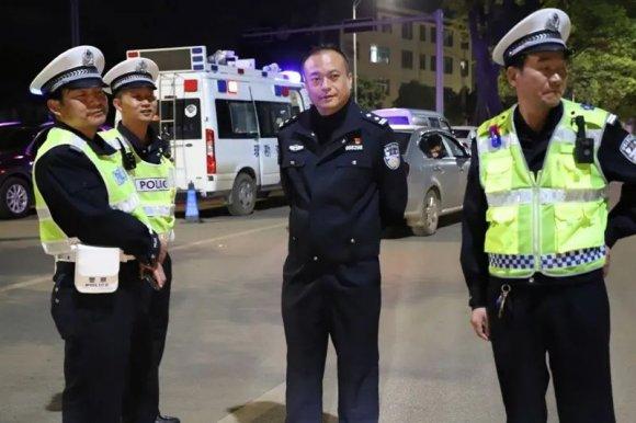 宣威公安交警大队开展统一夜查行动