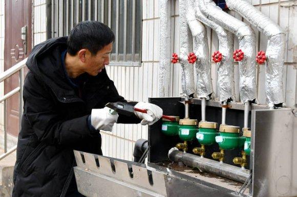 宣威市给排水公司全力抢修恢复供水