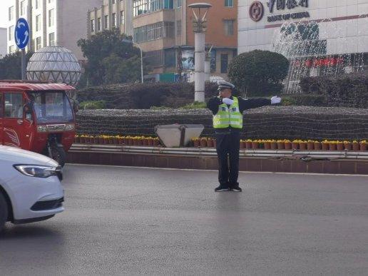 宣威城区全天过车流量达55万辆次