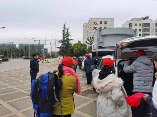 宣威市2021年春节后首批农村劳动力返