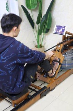 智能划船机,在家里就能划船健身