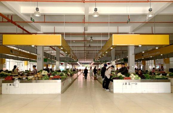 宣威市田坝镇:农特产品交易中心有