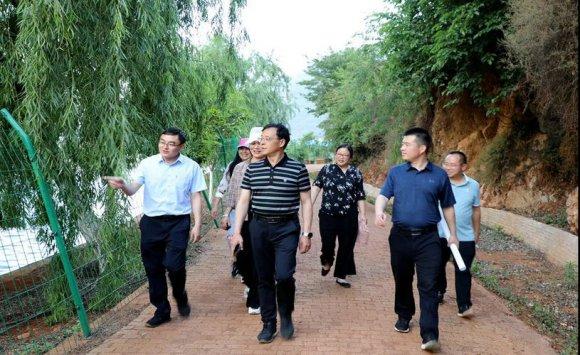 吕世宏到西泽乡调研乡村旅游规划情