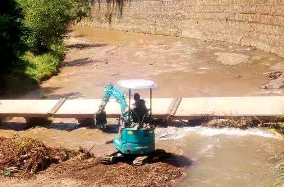 宣威得禄:清理河道垃圾 打造美丽乡